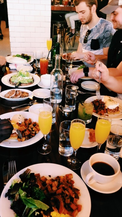 mimosas for days